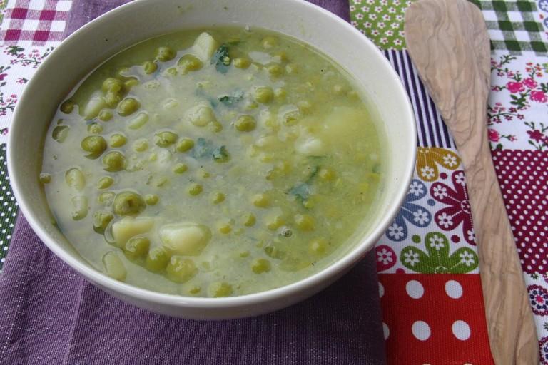 La tipica minestra verde di Puglia