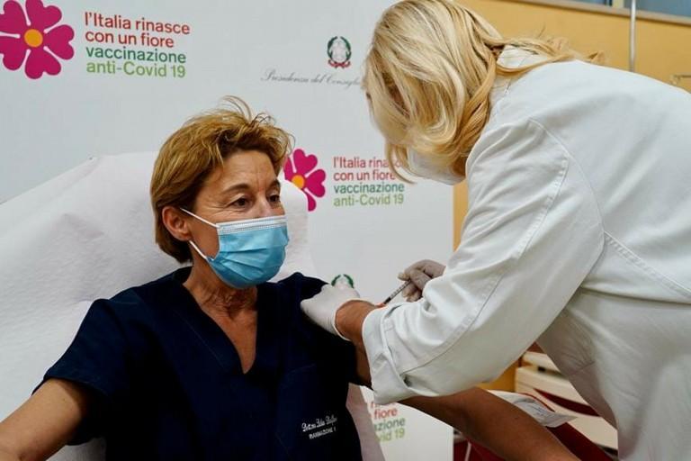 lidia dalfino vaccino covid policlinico di bari