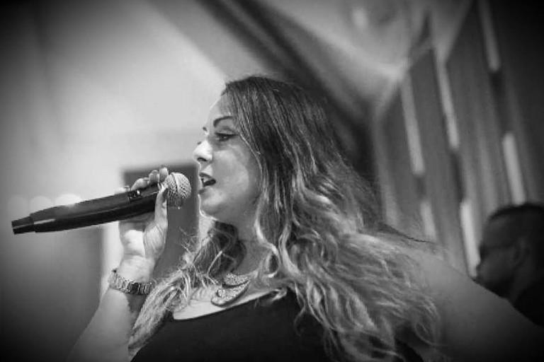 La cantante barese Luciana Carbonara a BariViva: «All'estero sanno apprezzare l'artista»