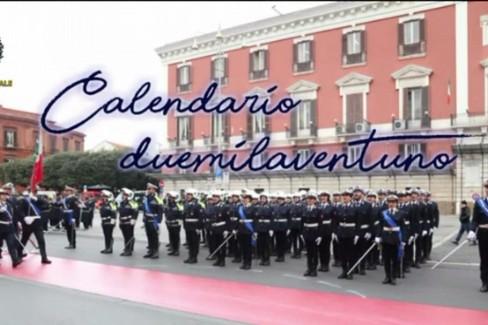La polizia locale di Bari presenta il calendario 2021