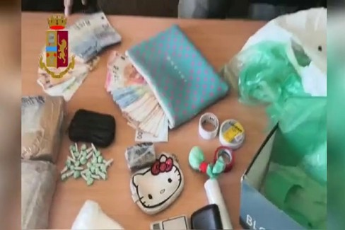 Il sequestro di droga a Bari