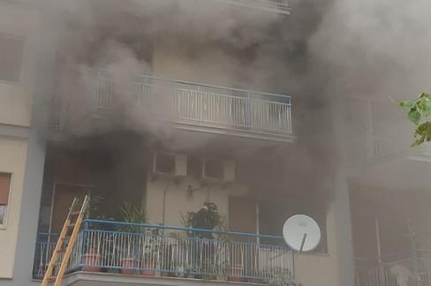 Incendio in corso Mazzini