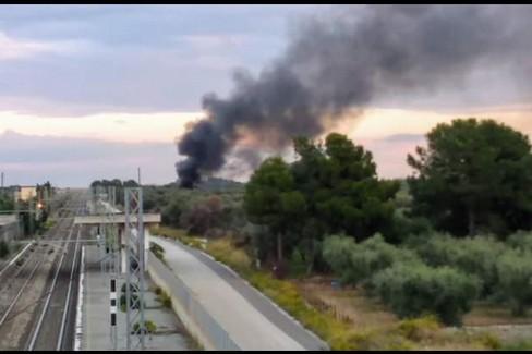L'incendio a Triggiano nelle immagini dei Rangers