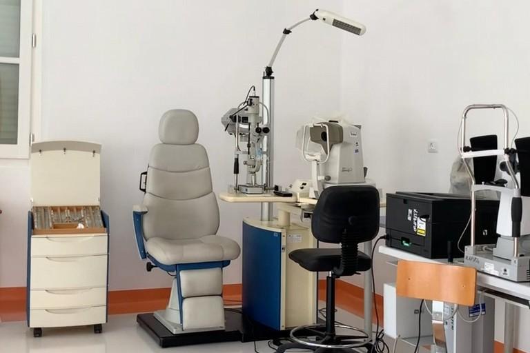 laboratorio oculistica policlinico bari