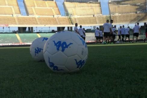 pallone serie b. <span>Foto FC Bari 1908</span>