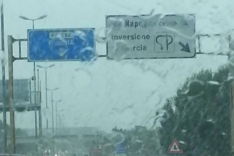 Pioggia in Tangenziale