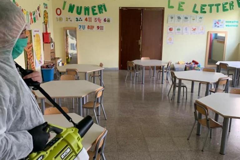 Sanificazione nelle scuole a Triggiano