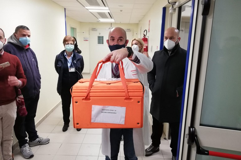 silvio tafuri covid coronavirus vaccino