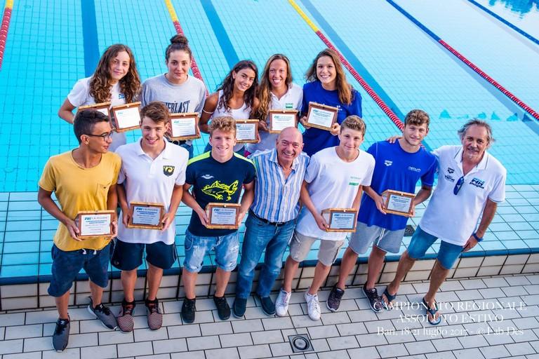Targhe Migliori atleti Campionati Estivi di Nuoto ph Fabrizio Deserio