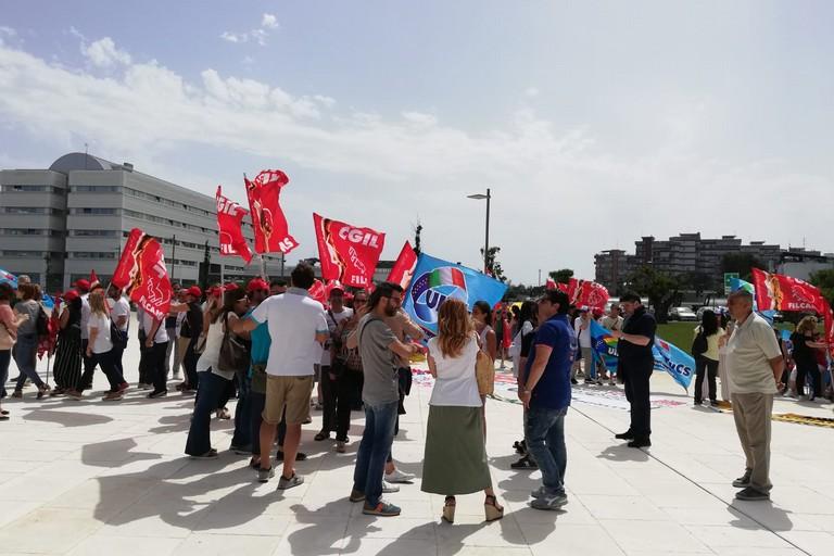 protesta lavoratori mercatone uno
